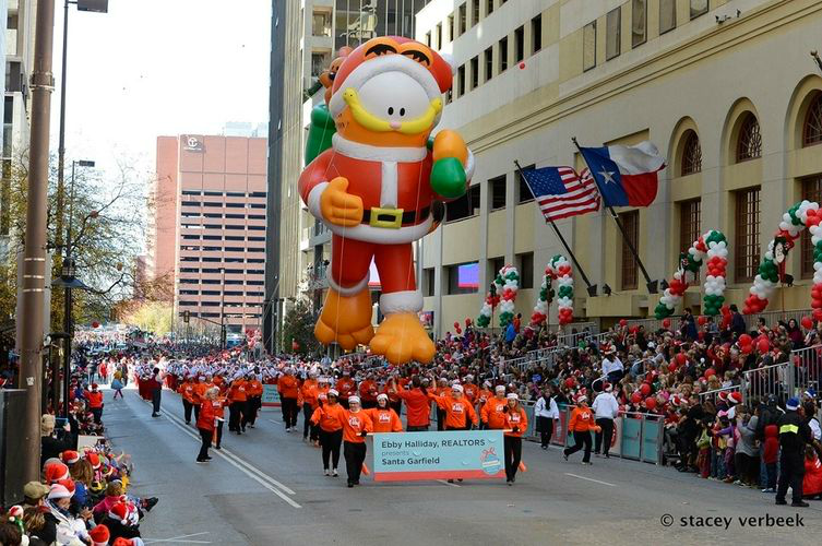Dallas Holiday Parade December 2017